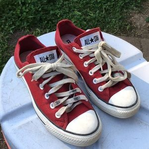 Red lowtop converse shoes